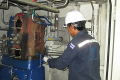 งานปฏิบัติการซ่อมบำรุงสถานีบริการก๊าซธรรมชาติสำหรับยานยนต์